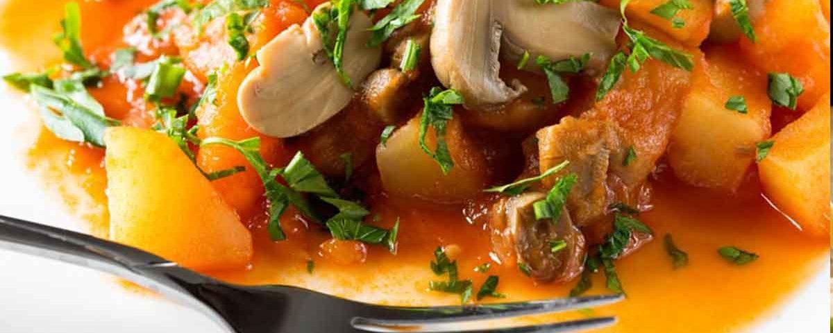 Mancarica de cartofi cu ciuperci